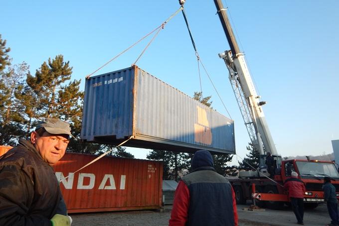 Tetris s kontejnery