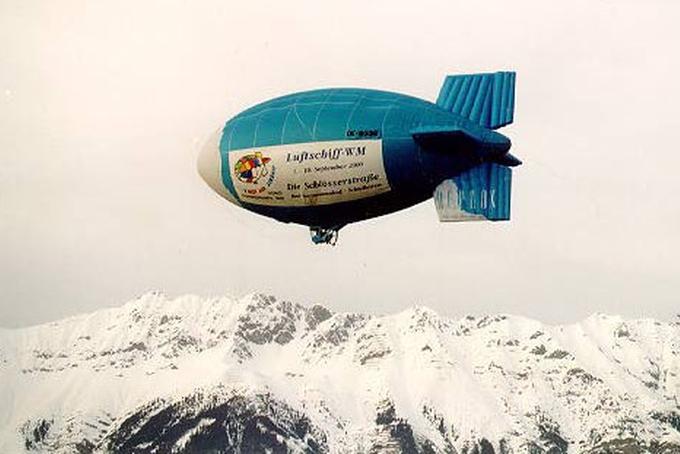Vzducholoď AV 2 nad Alpami!