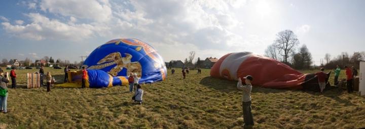 Příprava balónu před startem